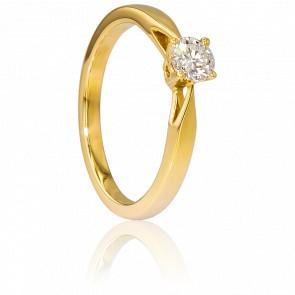 Alianza compromiso Oro Amarillo y Diamante peso 0,35ct.