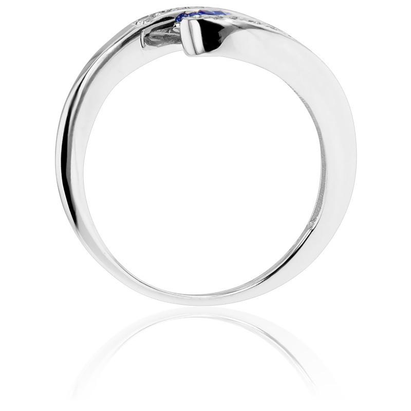 71d8c082baf5 Anillo Compromiso de Oro Blanco diamantes y zafiro - Bellón - Ocarat
