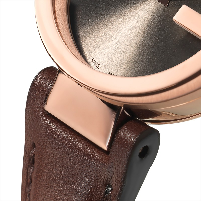 95c2aa3ee7 ... Reloj Gucci Interlocking Esfera Marrón 29 mm Cuero YA133504 ...