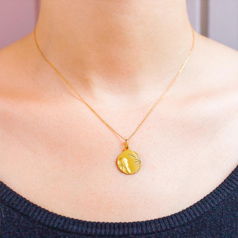 80125d1619dd Medalla infantil de Oro Amarillo 18k- Augis - Ocarat