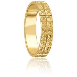 Alianza Oro Amarillo 9k, Dominica