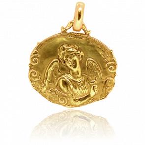Medalla Ángel Gabriel Ovalada